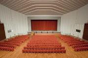 teatro.jpg (35354 byte)